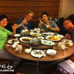 一次玩兩國之泰菲旅遊日記(5)有飯大家一起吃