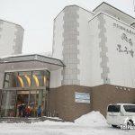 北海道然别湖住宿推荐 风水温泉饭店泡世上唯一的湖上露天温泉