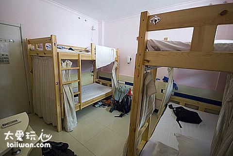 隆福天緣賓館4人房