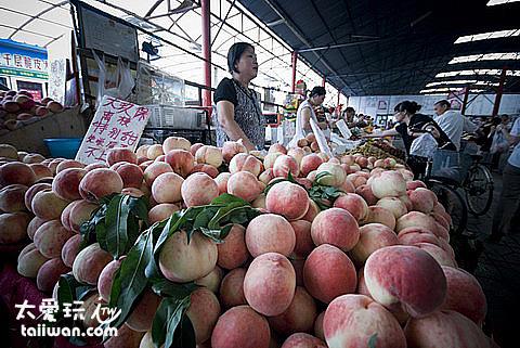 北京傳統市場桃子攤