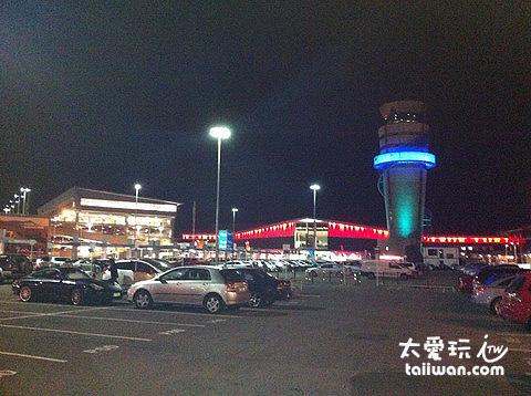 機場停車場等待民宿人員