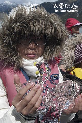 塔斯曼冰河船之旅 - 冰晶體跟水晶一樣