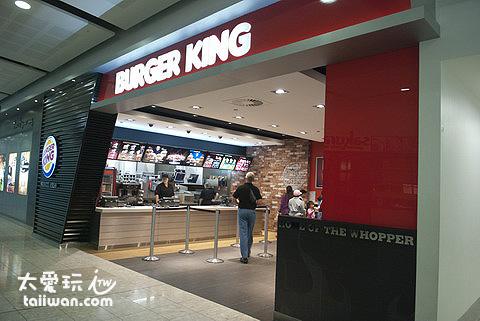 晚餐就在基督城機場的漢堡王解決