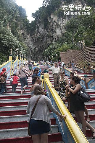 黑風洞(Batu Cave)- 272個階梯