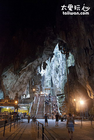 黑風洞(Batu Cave)內的印度廟