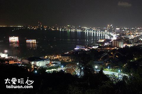 芭達雅夜景