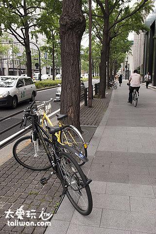 大阪街道上都是腳踏車