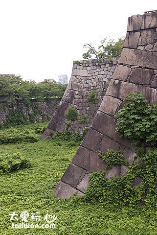 優美的城牆