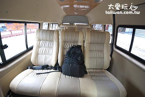 小巴車廂內部