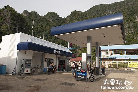 加油站可以刷卡換現金