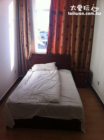 宿舍一樣的房間