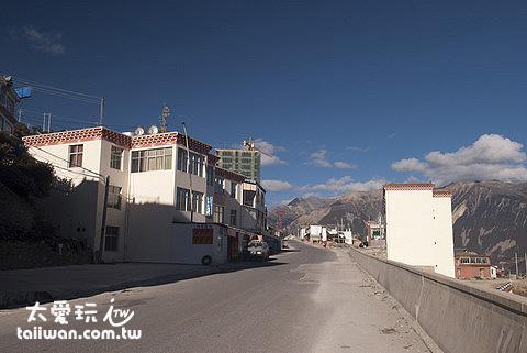 飛來寺街景