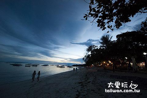 Alona Beach夕陽