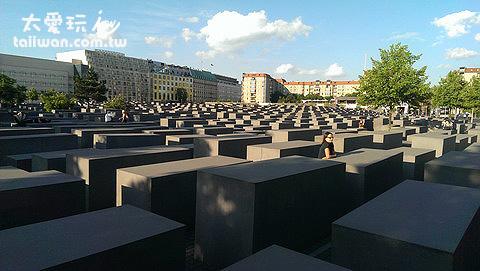 猶太受難紀念區(Holocaust Memorial)