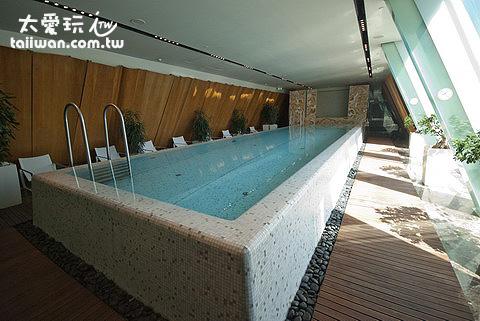 四季飯店泳池