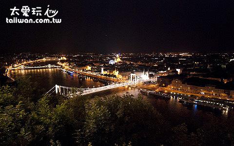 多瑙河夜景