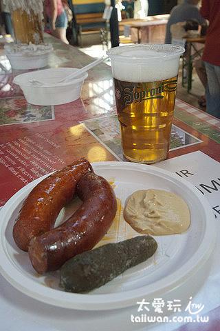 匈牙利傳統食物,香腸與酸黃瓜