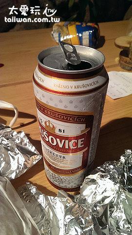 波蘭帶過來的啤酒~~