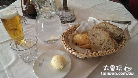 Rainer Maria Rilke附贈的麵包奶油