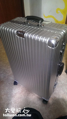 Rimowa經典款行李箱