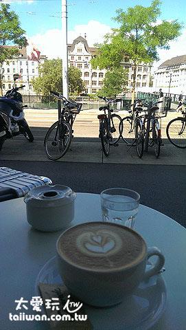 蘇黎世找個地方喝杯咖啡裝B
