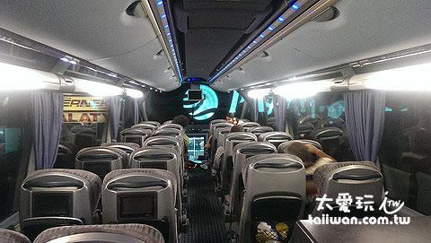 巴士設備乾淨豪華