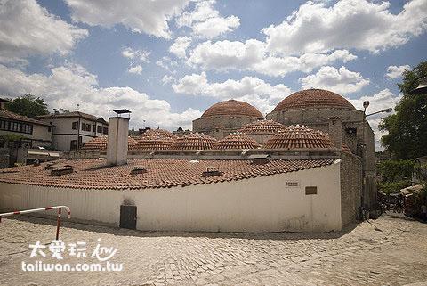 番紅花城內的百年土耳其浴室