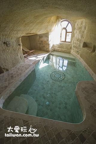Kayakapi Premium Caves Cappadocia房間泳池
