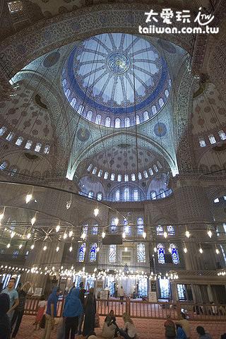 藍色清真寺中央穹頂