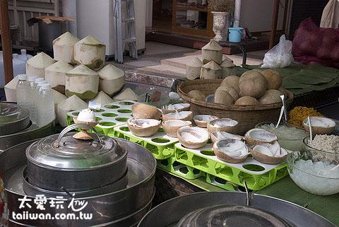 札都甲周末市集的椰子冰攤很受歡迎