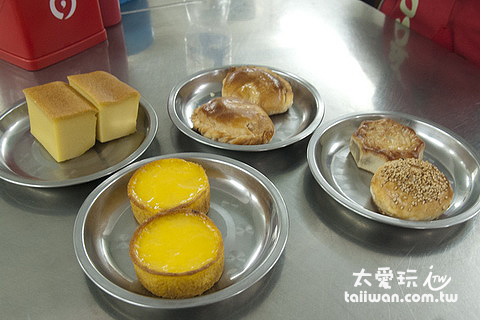 緬甸早餐-每桌都有,吃了才算錢
