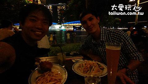 與哈薩克朋友晚餐