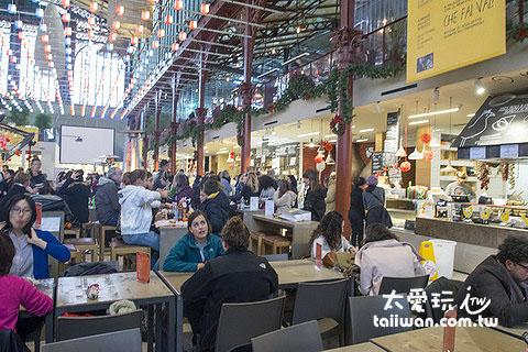 中央市場二樓還有很摩登很吸引人的各種餐廳