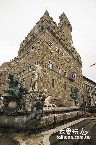 舊宮(Palazzo Vecchia)