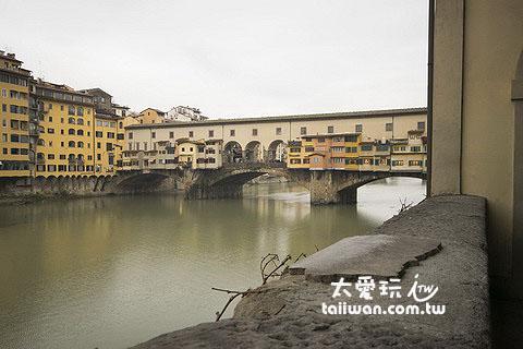 老橋(Ponte Vecchia)