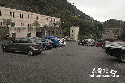 馬納羅拉停車場