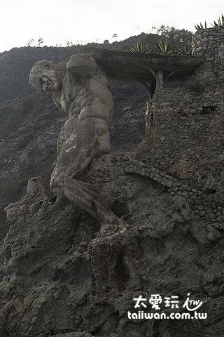 蒙泰羅索有名的雕像