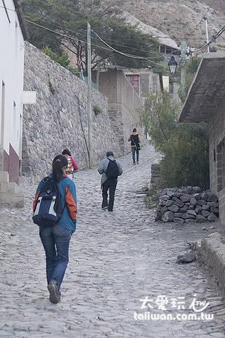 鎮上回到Hosteria de Iruya要慢慢爬