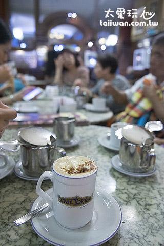 Cafe Tortoni 喝杯咖啡