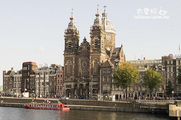 阿姆斯特丹車站附近街景