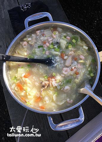 午餐海產粥