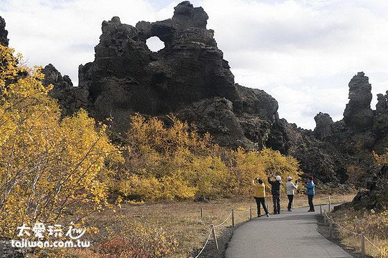 Dimmuborgir熔岩花園