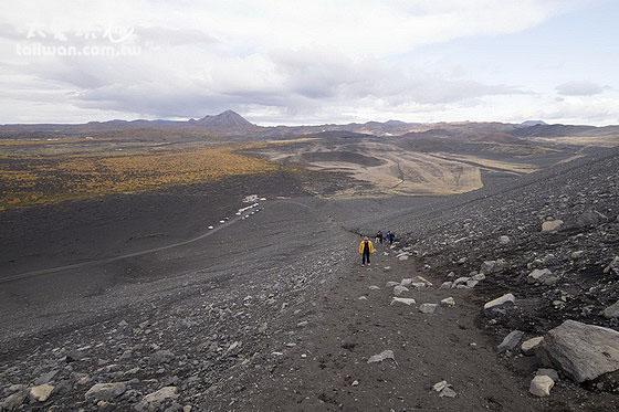 爬上Hverfjall crater是段艱辛的路程