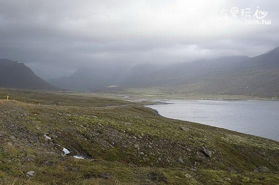 冰島到處是峽灣