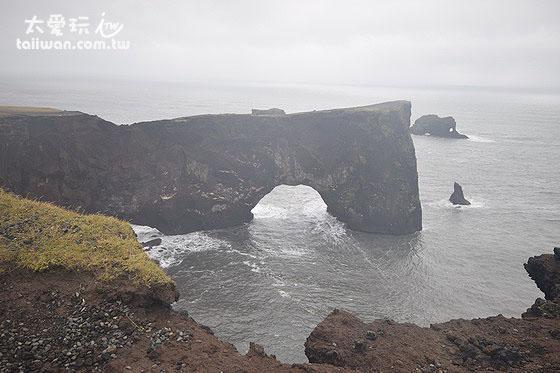 海蝕洞Dyrhólaey