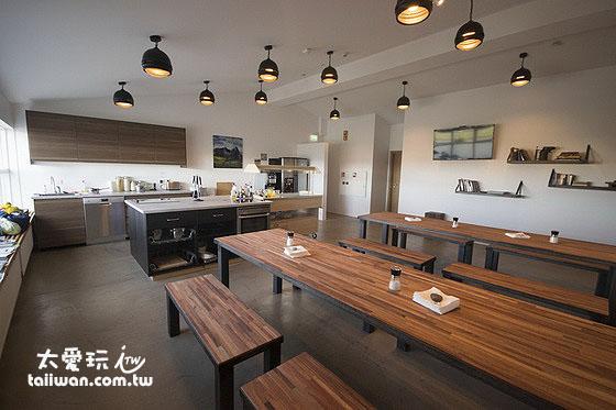 婆婆媽媽們對於Kef Guesthouse乾淨明亮的廚房格外滿意