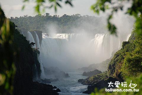 伊瓜蘇瀑布Iguazu Fall