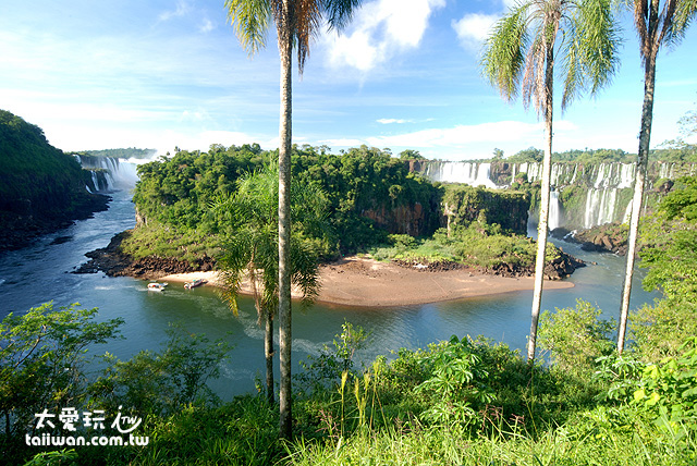 伊瓜蘇瀑布Iguazu Fall寬達2.7公里是世界最大的瀑布