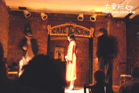 Caf e Tortoni咖啡店的Tango Show非常有名
