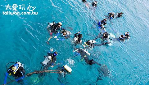 大堡礁船宿潛水